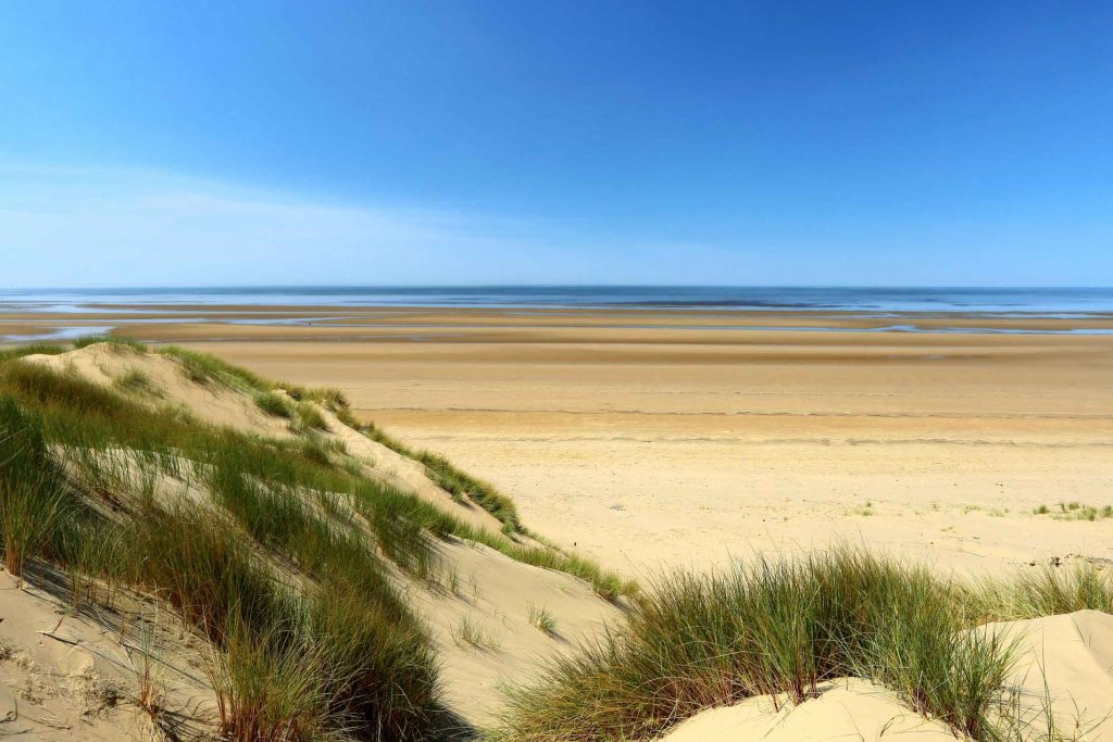 Image of the beach on a summers day